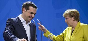 Merkel'in Yunanistan'a son mesajı!