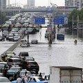 Çin'de felaket: Sel 28 can aldı!