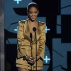 Rihanna'dan şok hareket