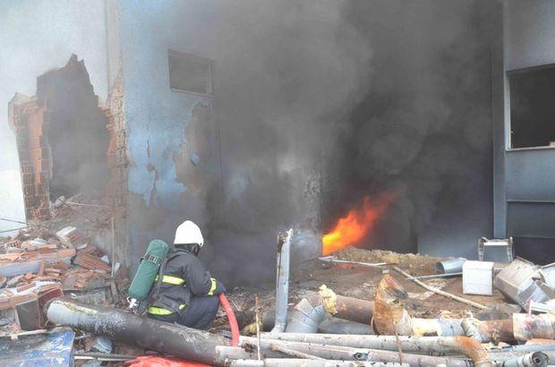 Kuşadası Devlet Hastanesi'nin eski binasında yangın