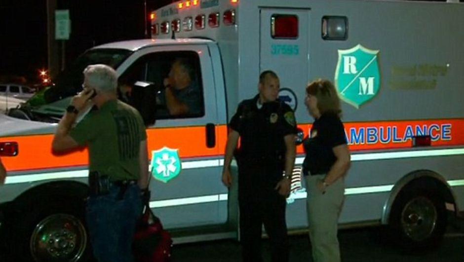 ABD'nin Tenessee eyaletinin Knoxville kentinde son derece zehirli kimyasal taşıyan tren yoldan çıkarak yangına sebep oldu.