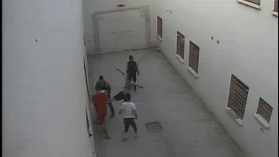 Onur Önal Maltepe Çocuk ve Gençlik Ceza İnfaz Kurumu dayak görüntü
