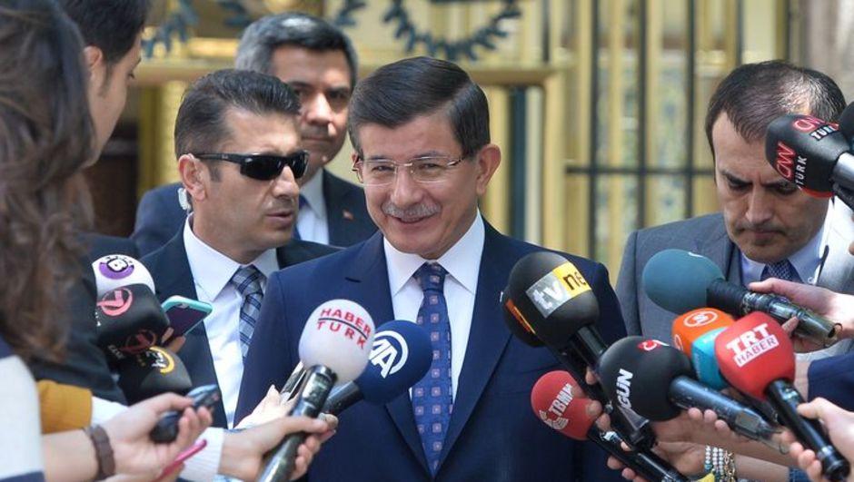 Yeni Savunma Bakanı Vecdi Gönül