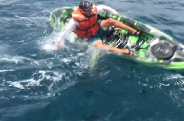 Oltaya takılan köpekbalığı