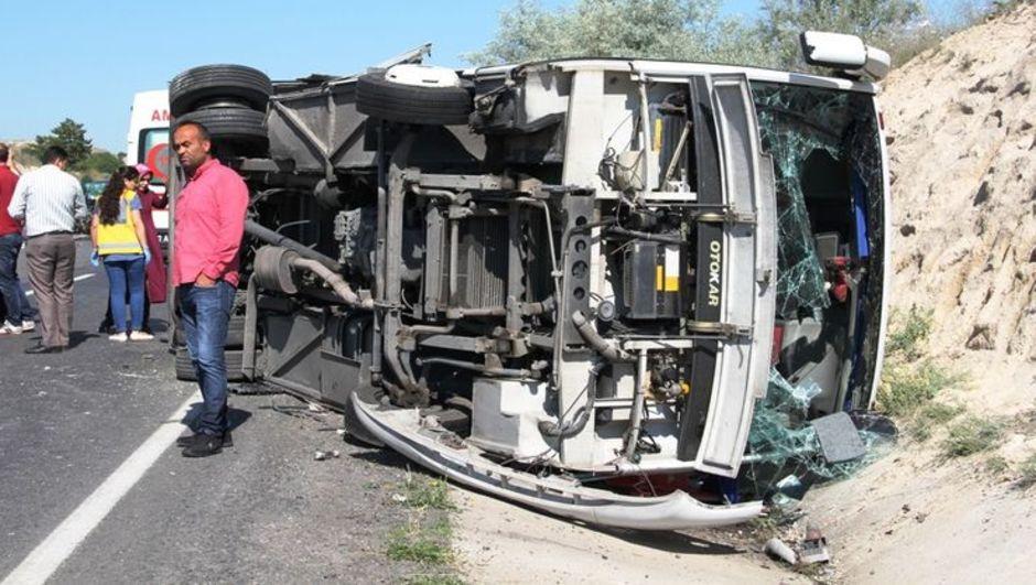 Nevşehir kaza otomobil midibüs
