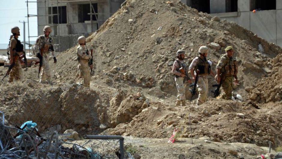 Afganistan'ın Vardak kentinde iki gün önce polis kontrol noktalarına Taliban'ın saldırmasının ardından başlayan çatışmalarda ölenlerin sayısı 64'e ulaştı