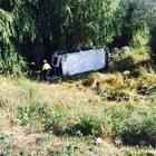 Mevsimlik işçileri taşıyan minibüs devrildi: 1 ölü, 9 yaralı