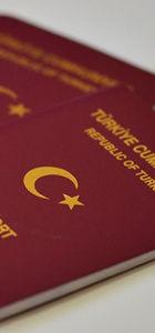 Sık seyahat edenlere kolaylık: Aynı anda iki pasaport verilebilecek