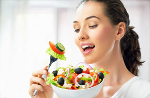 Kendini diyet yapmaya hazır hissetmeyen ama bu yazı kontrol altında geçirmek isteyenler için de küçük ama etkili ipuçları