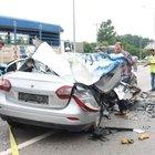 Otomobil park halindeki TIR'a çarptı: 2 ölü, 1 yaralı
