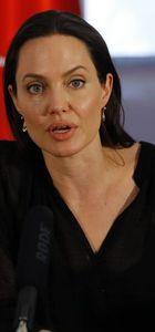 Angelina Jolie Rus kraliçesini oynayacak