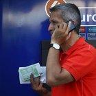 Yunanlılar Türk ATM'lerine koştular