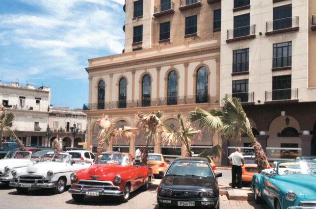 Küba'ya mescit tamam cami de yolda