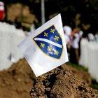 Srebrenitsa 20'nci yılında kurbanlarını anıyor
