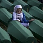 Srebrenitsa'da 136 soykırım kurbanı defnediliyor