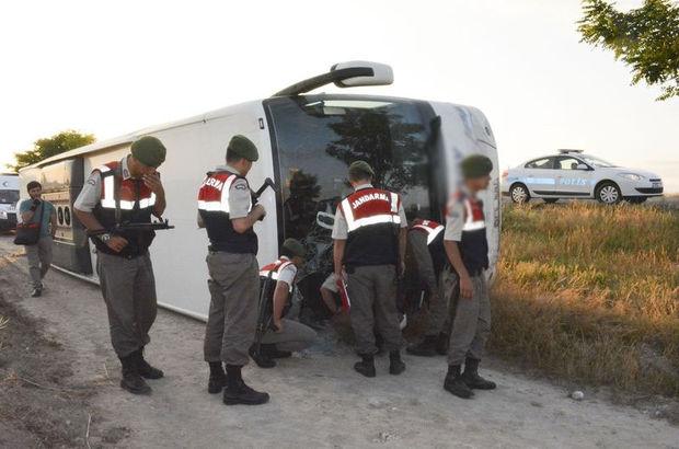 Niğde'de otobüs şarampole devrildi: 25 yaralı