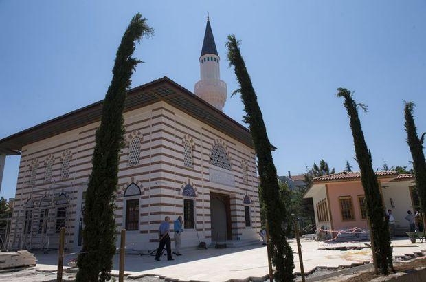 Validebağ Camii,Üsküdar,Validebağ Korusu,cuma namazı,