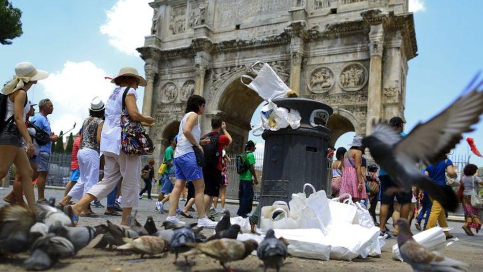 Avrupa Adalet Divanı, İtalya,  çöp