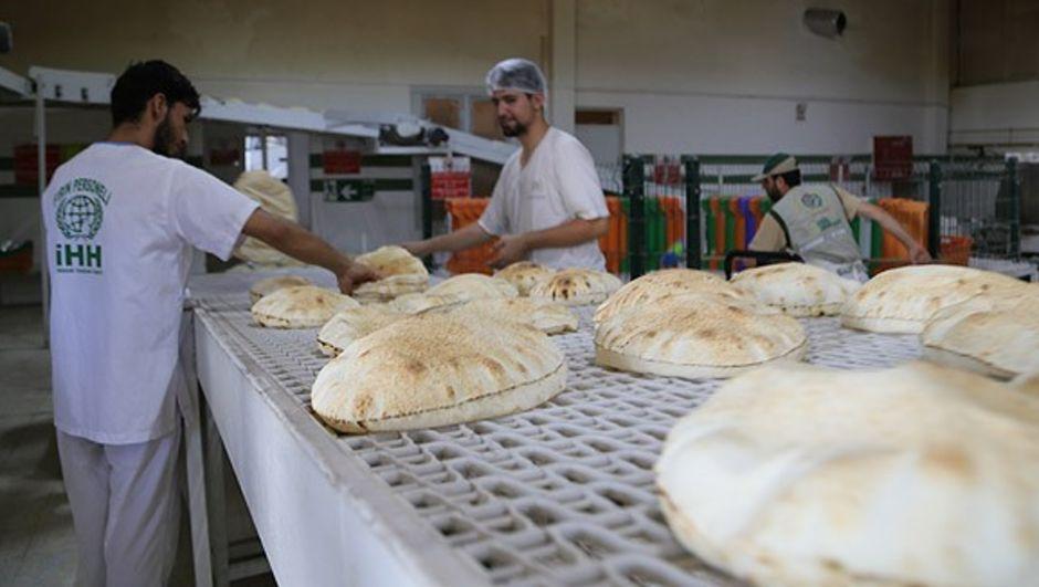 suriye,ekmek,İHH İnsani Yardım Vakfı, ramazan,Burak Karacaoğlu,