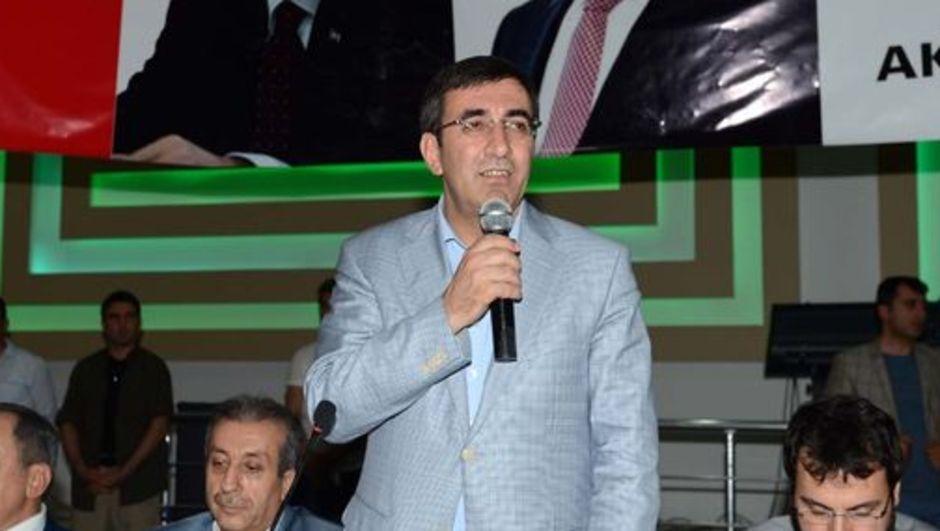 Kalkınma Bakanı Cevdet Yılmaz,demokrasi,silahla mücadele,pkk,