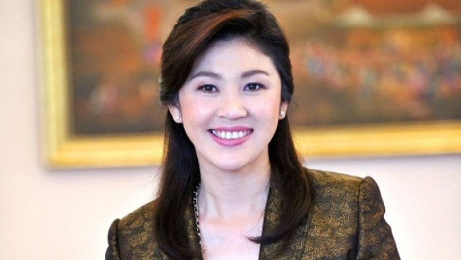 Tayland hükümeti son yapılan anayasa taslağı düzenlemesi ile eski başbakan Yingluck Shinawatra'ya ömür boyu siyasetten men cezası getiriyor