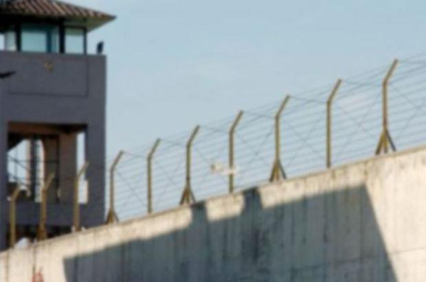 Askeri cezaevi, cinsel saldırı