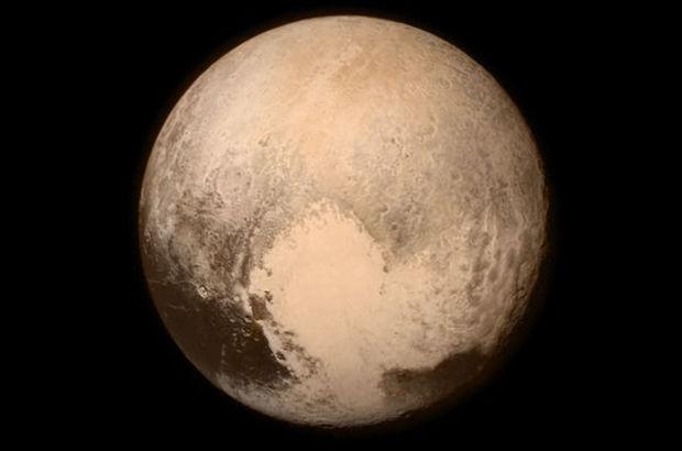 New Horizons, Plüton