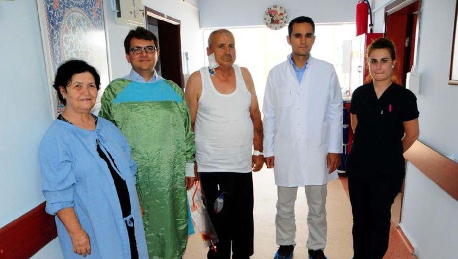 Böbrek nakli, Mehmet Baştimur, Yrd. Doç. Dr. Faruk Özkul , Yrd. Doç. Dr. Gülay Kadıoğlu Koçak