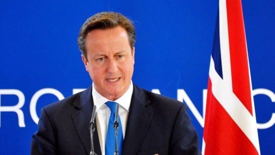İngiltere Başbakanı Cameron, ABD ile IŞİD'in Irak ve Suriye'deki halifeliğini yıkmakta kararlı olduklarını açıkladı