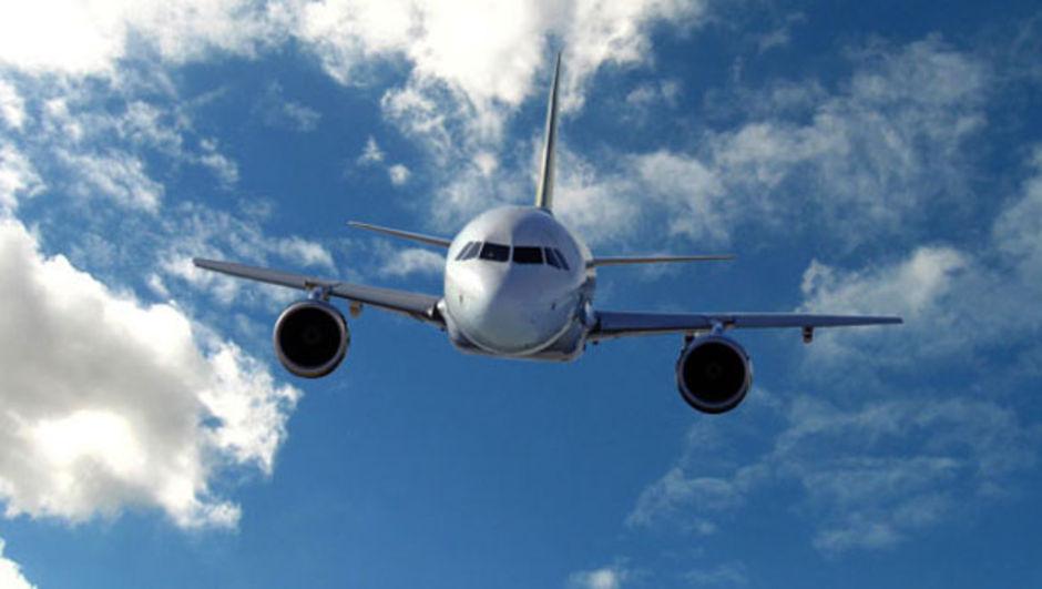 İstanbul-Nevşehir seferi, uçak, tekeri patladı