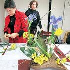 Japon ikebana sanatını İstanbul'da öğretiyor