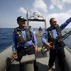 Libya, iki gemi vurdu!