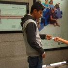 Meksika'da on defa çömelme egzersizine bedava metro bileti uygulaması