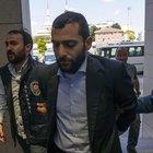 27 yıl hapsi istenen Onur Özbizerdik'i yine polis arıyor