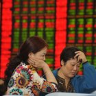 Çin borsası çöktü