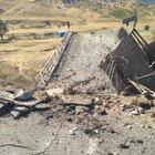PKK, Diyarbakır-Muş karayolundaki köprüyü havaya uçurdu
