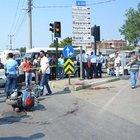 Trafik ışıklarında pompalı dehşet: 3 yaralı