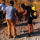 Van Gölü sahilinde piknik tüpüne yerleştirilmiş bomba bulundu