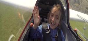 Somalı 15 çocuk planörlerle uçtu...