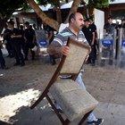 Mersin'de yıkım gerginliği; 10 gözaltı