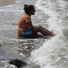 Denizde kaybolan ağabeyi için ağıt yaktı
