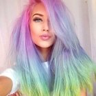 Şimdi moda gökkuşağı saçları!