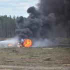 Rusya'daki gösteride askeri helikopter yere çakıldı