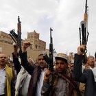 Yemen'de Mansur Hadi yanlılarına silah yardımı