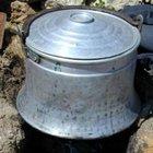 Sıcak süt kazanına düşen çocuk hayatını kaybetti