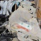 Suriye savaş uçağı Türkiye sınırı yakınına düştü