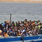 Libya açıklarında 600 kişiyi taşıyan tekne alabora oldu