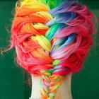 Saçlarda yeni trend: Gökkuşağı saçlar