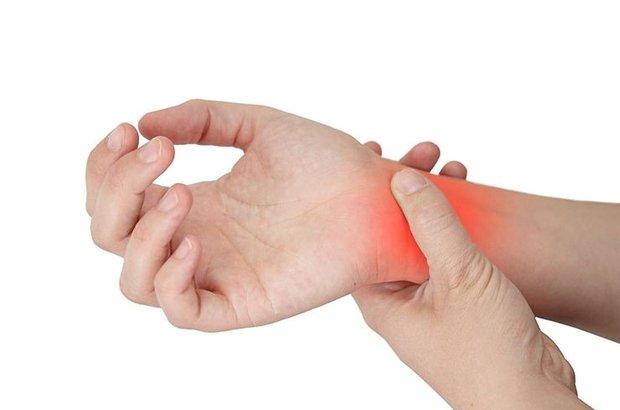 Önemsenmeyen ağrı felci tetikliyor!