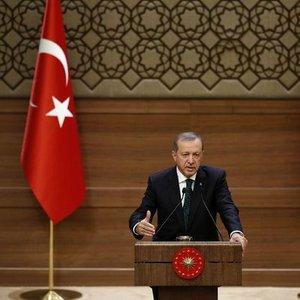 """""""TÜRKİYE'NİN ÖNÜNDE HÜKÜMETİ KURMA SORUNU VAR"""""""